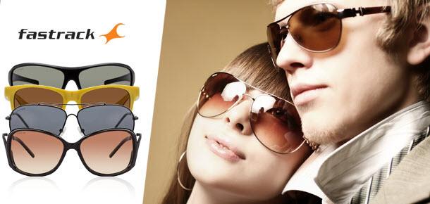 عینک آفتابی در فروشگاه گوانجی